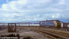 Late Afternoon York Arrival (Michael McNicholas) (Neil Harvey 156) Tags: railway 47423 york eastcoastmainline ecml locohauledtranspennine transpennine locohauledpassengertrain class47 brblue railblue brushtype4 sulzer duff spoon michaelmcnicholas