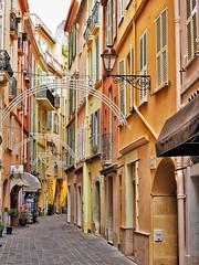 Haut en couleurs! (withnaomi) Tags: getolympus olympuspen epl7 paca fr french street couleursdusud montecarlo monaco