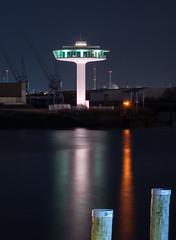 Lighthouse (muman71) Tags: dscf4637 langzeitbelichtung longexposure hamburg hafen fuji xt2 60sec f13 iso200 80mm hafencity baakenhafen leuchtturm germany water elbe