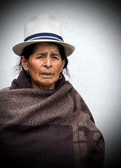 Elderly Local Woman, Cuenca, Ecuador (klauslang99) Tags: klauslang people person portrait streetphotography woman cuenca ecuador face hat
