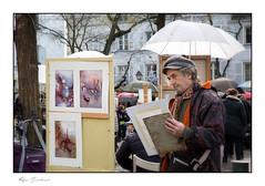 Le regard du peintre (Rémi Marchand) Tags: peintre paris peinture placedutertre canon canon5dmarkiii montmartre portraitistes artistes croqueurs portraitminute