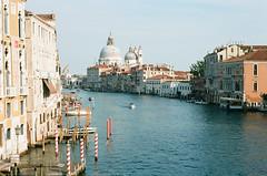 Grand Canal Venice / Kodak Ektar 100 (ho_hokus) Tags: 2017 35mm 35mmfilm 35mmfilmcamera canalgrande ektar grandcanal italy kodak kodakektar100 nikon nikonn80 venedig venezia venice