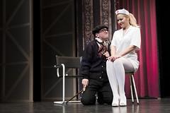 En la imagen se puede ver a dos de los protagonistas en un momento de la actuación.  Fotografía cedida por el fotógrafo local Óscar Blanco Gutiérrez