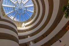 The Guggenheim Museum (trombone65 (PhotoArt Laatzen)) Tags: 600d canon ausergewöhnlichearchitektur weitwinkel tokina urlaub usa salomonguggenheim architektur guggenheimmuseum centralpark newyork museum guggenheim