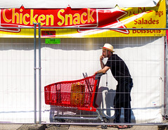 Street - Chicken Snack (François Escriva) Tags: candid olympus omd streetphotography street paris france worker man hat colors red yellow black white grid caddie light sun fun smoke