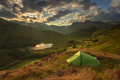 sun beams over blea tarn (akh1981) Tags: amateurphotography bleatarn beautiful cumbria clouds calm countryside fells nikon uk landscape lakedistrict langdale manfrotto mountains manfotto nisi nature nationalpark nisifilters nationalheritage nationaltrust unesco outdoors wideangle walking sky camping