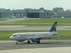 Airbus A320-232, SP-HAG, Small Planet Airlines (transport131) Tags: samolot airplane waw airbus a320 232 sphag small planet airlines