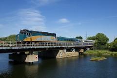 VIA 67 (Michael Berry Railfan) Tags: via67 via6406 viarail train passengertrain emd gmd f40ph2 f40ph3 montreal montrealsub quebec sthenri lachinecanal