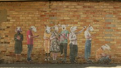 Ovejas antropomórficas (JAPG 1100D) Tags: ovejas mural graffiti penelles bifido metáfora streetart quijote 27mm f56 1855mm 1125 iso100 gargar collage canon eos 1100d lleida catalunya cataluña movil grafite grafitoj pintura animal rural arte art الكتابةعلىالجدران γκράφιτι граффити भित्तिचित्रों 塗鴉 móvil mòbil telefonino iphone