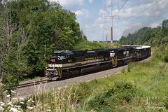 """Heritage Up """"the Mountain"""" (jwjordak) Tags: stone train68d ns curve unittrain 1065 sd70ace norfolksouthern train macedonia ohio unitedstates us"""