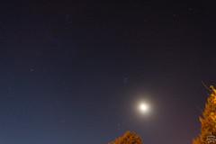 Moon and the Golden Gate of the Ecliptic / @ 18 mm / Dresden / 2018-08-06 (astrofreak81) Tags: moon luna mond pleiades hyades goldengateoftheecliptic golden gate ecliptic plejaden hyaden sky night konjunktion light dark dresden 20180806