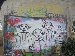 277 (en-ri) Tags: frant nero arrow bianco parco dora torino wall muro graffiti writing bambini kids