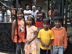 Kids (MelindaChan ^..^) Tags: srilanka 斯里蘭卡 people life culture chanmelmel mel melinda melindachan tradition wedding