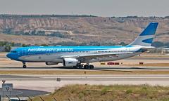 LV-FVI - Airbus A330-202 - MAD (Seán Noel O'Connell) Tags: aerolíneasargentinas lvfvi airbus a330202 a330 a332 madridbarajasairport mad lemd eze saez 14r ar1135 arg1135 aviation avgeek aviationphotography planespotting