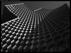 _PF03977 copy (mingthein) Tags: thein onn ming photohorologer mingtheincom availablelight bw blackandwhite monochrome olympus pen f penf micro four thirds m43 microfourthirds micro43 panasonic lumix g 12323556 35100456 duo singapore architecture abstract geometry shadows