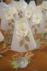 Lanterna centrotavola matrimonio rustico (CartaForbiciGatto) Tags: lanterna centrotavola matrimonio rustico fiori di carta paper flowers centerpiece rustic wedding handmade fatto mano decorr decorazioni lantern lights luci lucine tealight