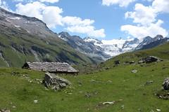 Moiry (bulbocode909) Tags: valais suisse moiry grimentz valdanniviers montagnes nature paysages nuages vert bleu neige chalets cabanes rochers glacierdemoiry glaciers groupenuagesetciel fabuleuse