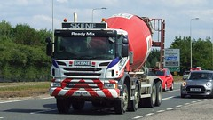 SN13 OZE (panmanstan) Tags: scania p360 wagon truck lorry commercial cementmixer transport vehicle edinburgh