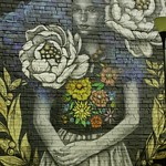 Muchacha con flores - Mural de KinMX thumbnail