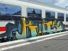 KINS (mkorsakov) Tags: münster hbf bahnhof mainstation zug train ic intercity graffiti piece bunt colored kins