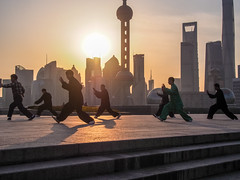 LR Shanghai 2016-435 (hunbille) Tags: birgitteshanghai6lr china shanghai morning bund the thebund tai chi taichi huangpu park huangpupark sunrise dawn river promenade zhongshan road zhongshanroad skyline tower shanghaitower shanghaiworldfinancialcenter world financial center jinmaotower jin mao orientalpearltoweroriental pearl