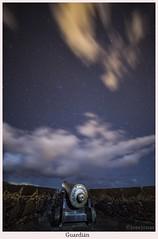Guardián (yoni103) Tags: samyang14mm canon6d canarias cielosdelapalma cielos circumpolar fotografianocturna nocturnas nubes