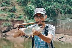 DSC_0242 (photogonia) Tags: ningyu catch caught yellowcheek carp 鳡鱼 fishing flyfishing tip bait cina hunan huaihua simms freshwater xiangxi lake
