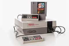 Nintendo NES, Mattel Version (Europe), 1985, with Super Mario / Duck Hunt cartridge - Photo by @luisacivardi @verdebinario #videogame #gaming #retrogame #retrogaming #retrogamers #nintendo #nes #supermario #duckhunt #mattel #computer #circuit #maker #labo (Museo dell'Informatica Funzionante) Tags: musif miai freaknet dyneorg trasformatorio
