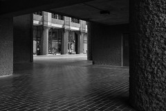 Lauderdale Place (cybertect) Tags: carlzeissdistagont35mmf28mm chamberlinpowellandbon cityoflondon ec2 lauderdaleplace london londonec2 modernism sonya7ii thebarbican architecture blackwhite blackandwhite building concrete monochrome