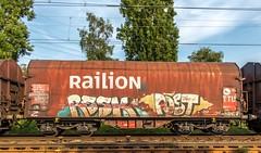 10_2018_07_20_Herne_Abzw.Baukau_6185_207_DB_mit_gem_Güterzug ➡️ Recklinghausen-Süd (ruhrpott.sprinter) Tags: ruhrpott sprinter deutschland germany allmangne nrw ruhrgebiet gelsenkirchen lokomotive locomotives eisenbahn railroad rail zug train reisezug passenger güter cargo freight fret herne wanneeickel recklinghausensüd buvl db dispo mrcedispolok flx flixtrain rpool 1203 6101 6146 6151 6182 6185 es 64 f4 u2 es64f4 es64u2 1808 re2 logo outdoor natur graffiti baukau abzw abzwbaukau
