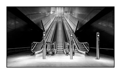 Amsterdam - escalator (Toon E) Tags: 2018 holland netherlands nederland amsterdam metro subway station escalator platfrom exit black white blackandwhite indoor sony a7rii sonyfe16350mmf4