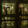 Raining (Julio López Saguar) Tags: juliolópezsaguar gente people ciudad city urban urbano calle street roma rome italia italy noche night lluvia rain paraguas umbrellas