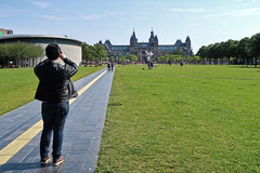 Rijksmuseum (Jainbow) Tags: museumplein rijksmuseum amsterdam jainbow vangoghmuseum lawn grass buildin