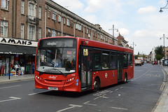 Abellio London 8788 (YX12GHA) on Route 195 (hassaanhc) Tags: abellio alexander dennis adl enviro enviro200 e200