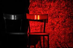 Jazz Club - 'too hot to be cool' (Armin Fuchs) Tags: arminfuchs jazzclub würzburg red jazz black chairs music standard stage jazzinbaggies grain hot cool