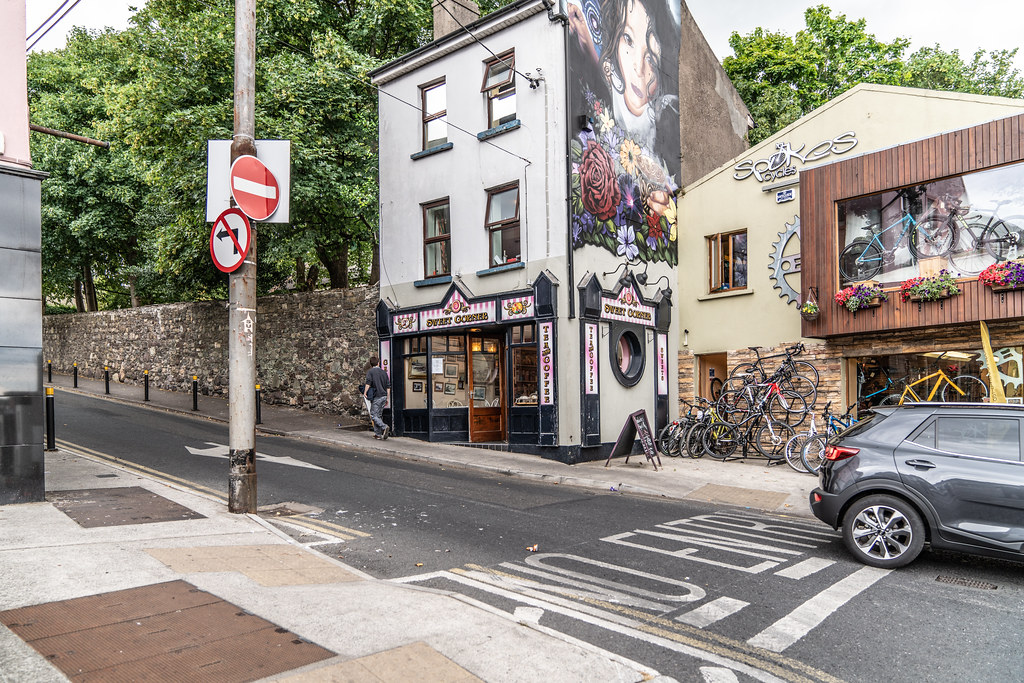 EXAMPLES OF STREET ART [URBAN CULTURE IN WATERFORD CITY]-142335