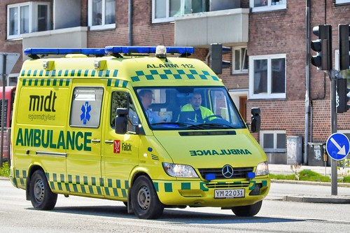YM22031 (ambulance) (12.08.14)_Balancer