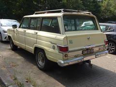 1968 Jeep Wagoneer (Skitmeister) Tags: dm2770 carspot nederland skitmeister car auto pkw voiture