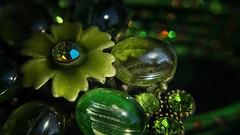Green  Bollywood Trinkets (Renate Bomm) Tags: armreifen green grün india indien macromondays macroorcloseup renatebomm ring samyangaf35mmf28 schmuck trinkets hmm modeschmuck jewelry bokehwednesdays 7dwf macro mondays creative renate bomm makro