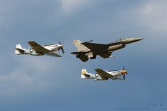 129 Heritage Flight (Mike Miley) Tags: osh18 aircraft airplane airshow airventure eaa experimentalaircraftassociation f16 fighter heritage jet mustang oshkosh p51 viper wi unitedstates us