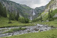 Lauenen Switzerland (ivoräber) Tags: lauenen switzerland weg zur geltenhütte sac sony sel18135 waterfall mountain creek