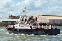 Norse (das boot 160) Tags: norse surveyvessel survey launch ships sea river rivermersey port docks docking dock alfredbasin boats boat mersey merseyshipping maritime