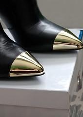 Metal Toe Boots (JMC000081) Tags: metal toe boots cap catpoe guess matera booties pointed gold golden heels