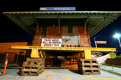 Movin' Out (Jeff Carlson_82) Tags: newlenox il illinois ri rockisland metra station depot moving mover housemoving wolfe night nightphotography bluehour railroad railfan railway