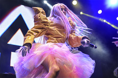 Poppy (oscarinn) Tags: poppy pop youtube plastic anime mexico mexicocity elplaza music concert concierto beats