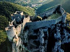 Été 2018 / Château (cathare) de Puilaurens - au lever du jour - Drone (guillaume lefebvre) Tags: dji mavicpro roussillon leverdujour cathare corbières puilaurens drone château