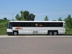 MVTA 4331 (TheTransitCamera) Tags: mvta4331 motorcoachindustries mci d4500 mvta minnesotavalleytransitauthority publictransit transit transportation transport travel bus minnesota