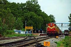 HYB - JP Exp. (B V Ashok) Tags: 17020 hyderabadjaipur weekly express hybjp scr manoharabad mob kzj kazipet wdm3a 18973 alco
