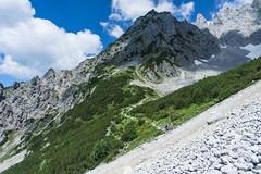 Aufstieg zum Ellmauer Tor (Uli - www.auf-den-berg.de) Tags: berge wandern hiking mountains tirol tyrol kaisergebirge wilderkaiser austria outdoors