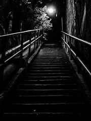 Nightwalk_n_01 (Henrybakery) Tags: iphoneography dark nightphotography light stair blackanwhite bnw bw iphone7plus
